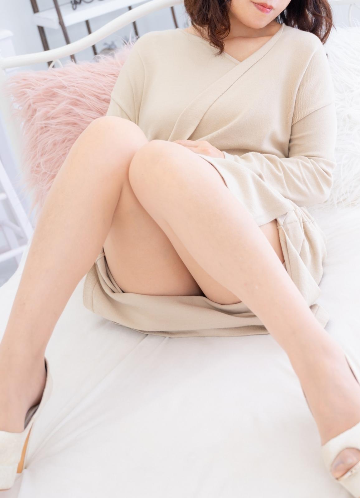 【となりのおばさま 川崎店】【新人】成宮